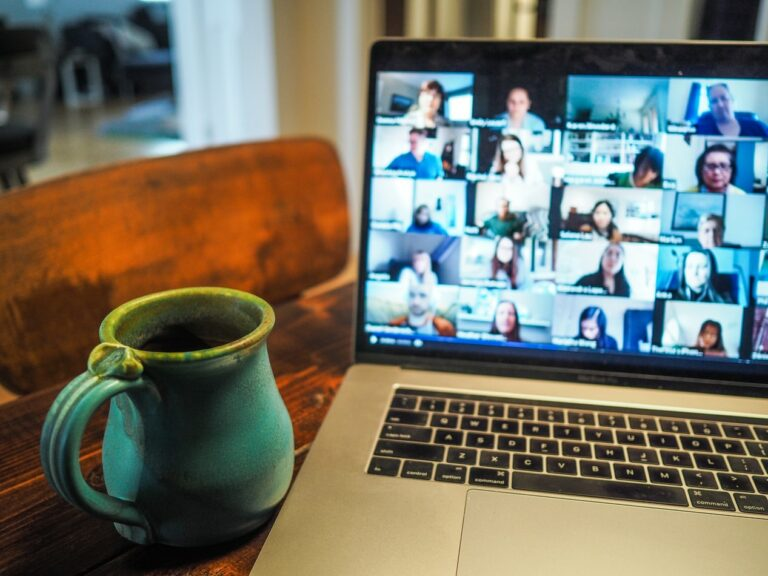 Working from home in time of crisis | Totum Partners